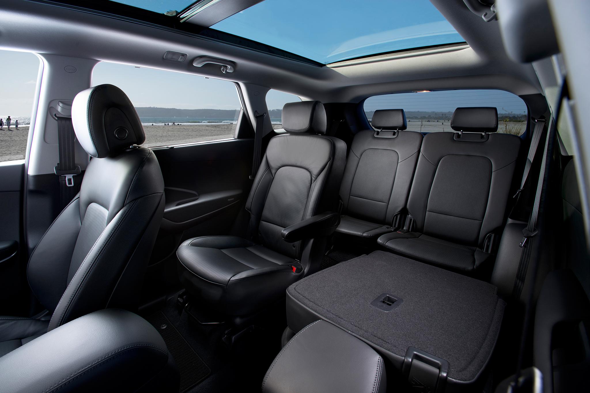 2014 Hyundai Santa Fe Rear Seats