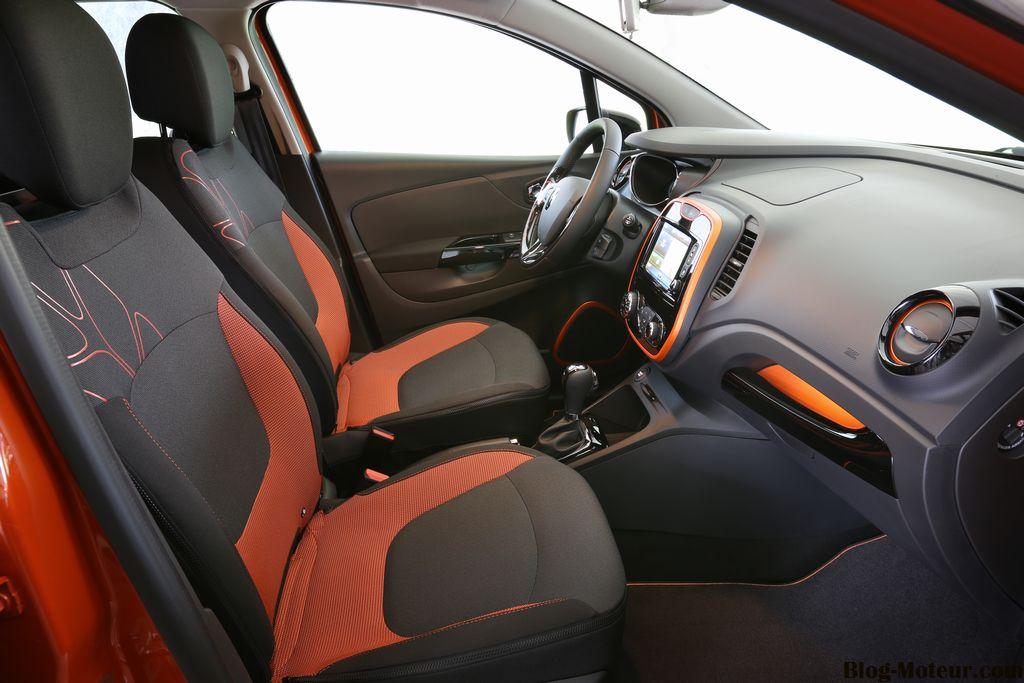 Renault Captur - Emg Universal Auto | Emg Universal Auto